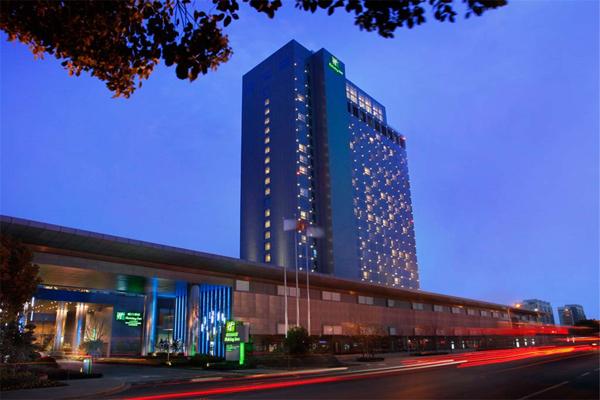 用短信群发软件提升酒店的满意度-给人以宾至如归的感觉